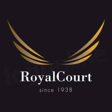 Logo online sfondo nero, prodotti alta gamma. Nero, oro, ali. Logonline