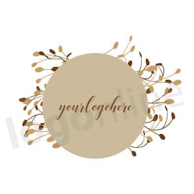 Logo circolare beige con corona di rami e foglie. Logonline